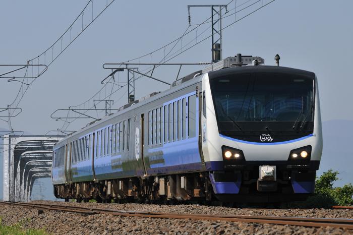 JR東日本HB-E300系気動車